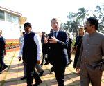 Argentine President visits Raj Bhavan