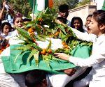 Mahatma Gandhi's death anniversary - Artistes perform street play