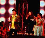 Asha Bhosle during her performance