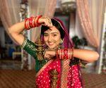 Ashi Singh unveils her wedding look in 'Meet'