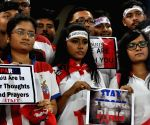 Atletico de Kolkata fans show solidarity with Paris blast victims