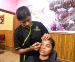 M'rashtra men's salons, beauty parlours may double rates post-lockdown
