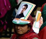 Sonia Gandhi addresses a rally in Bandipora