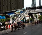 Four injured in Bangkok explosions