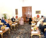 Bangladesh PM calls on President Mukherjee