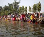Bara (Nepal): Devotees offer prayers to please Gadhimai at Gadhimai temple