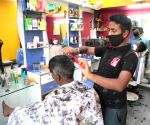 Barber shops, salons open and then shut again in Lucknow