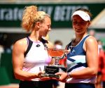 Barbora-Katerina clinch French Open women's doubles title