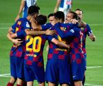 Barca come from 2 goals down to reach cup final