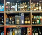 5 dead after consuming spurious liquor in UP