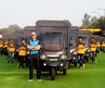 Amazon CEO Jeff Bezos drives e-rickshaw; video goes viral