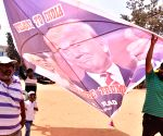 Bengaluru kite enthusiast welcomes Donald Trump