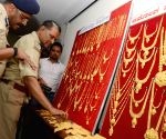 Gold worth 4.3 crores recovered