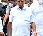 Yediyurappa reaches legislature party meet with Pradhan, Reddy