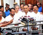 Congress moves Supreme Court over Karnataka