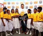Rahul Dravid with the students of the P&G Shiksha school