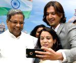 Karnataka CM felicitate's Ricky Kej