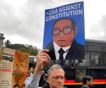Guha flays B'luru police action on anti-CAA protesters