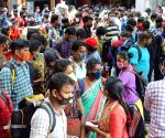 Bengaluru : Inter-state commuters waiting for COVID-19 swab test at City Railway station, amid surge in coronavirus case in Bengaluru. Source : KA_DY