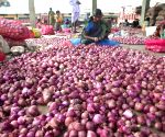 Goa releases dues to onion traders to lower prices