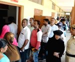 Karnataka bypolls see moderate to heavy turnout
