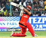 Parthiv's 53 propels Bangalore to a fighting total