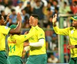3rd T20I: Rabada, Hendricks restrict India to 134/9
