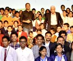 Azim Premji with winners of Eathian 2014