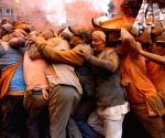 NEPAL BHAKTAPUR FESTIVAL SINDHOOR JATRA
