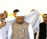 Bihar CM Jitan Ram Manjhi celebrates Eid-ul-Fitr