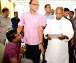 Bihar CM Jitan Ram Manjhi meets people during a janta darbar