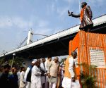 Jawaharlal Nehru's 130th birth anniversary - Bihar Governor, CM pay tributes