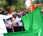 "Nitish Kumar flags off ""Kharif Mahaabhiyan 2016"
