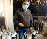 Gasping for oxygen, Delhi awaits 480 MT of fresh supply (Ld)