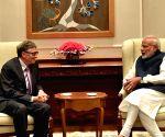 Bill Gates calls on PM Modi