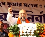 Shah attacks Sonia on Batla House shootout, defends Pragya