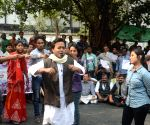 BJP street play against multi-crore Saradha chit fund scam