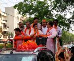 Gautam Gambhir during election campaign