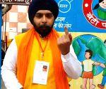 Delhi Polls 2020 - BJP candidate Tajinder Pal Singh Bagga casts vote