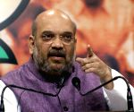 Shah stresses on violence-free Amarnath Yatra