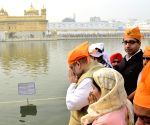 Amit Shah pays obeisance at Golden Temple