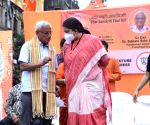 Kolkata : Smriti Irani at a Street Corner ahead 7th phase of the State Assembly election