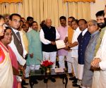 BJP MLAs submit memorandum before Governor- Ananth Kumar