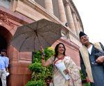 Hema Malini, Farooq Abdullah at Parliament
