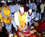 J.P. Nadda offers prayers at Dagdusheth Ganpati Temple