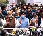 Susheel Kumar Modi with Syed Shahnawaz hussain flashing victory sign  after filing nominations