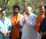 Manjinder Singh Sirsa meets Amit Shah
