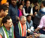 200 Trinamool workers in North 24 Parganas cross over to BJP