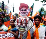 BJP workers cerebrate after PM announced Rs.1.25 lakh crore Bihar package