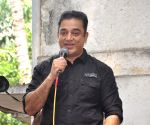 Kamal Haasan addressing the media about Viswaroopam Release